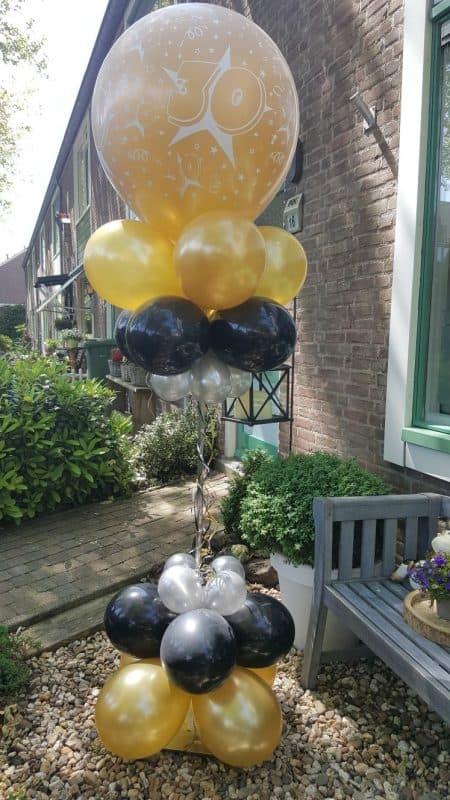 boondesigns ballondecoraties verjaardag ballon pilaar 30 jaar